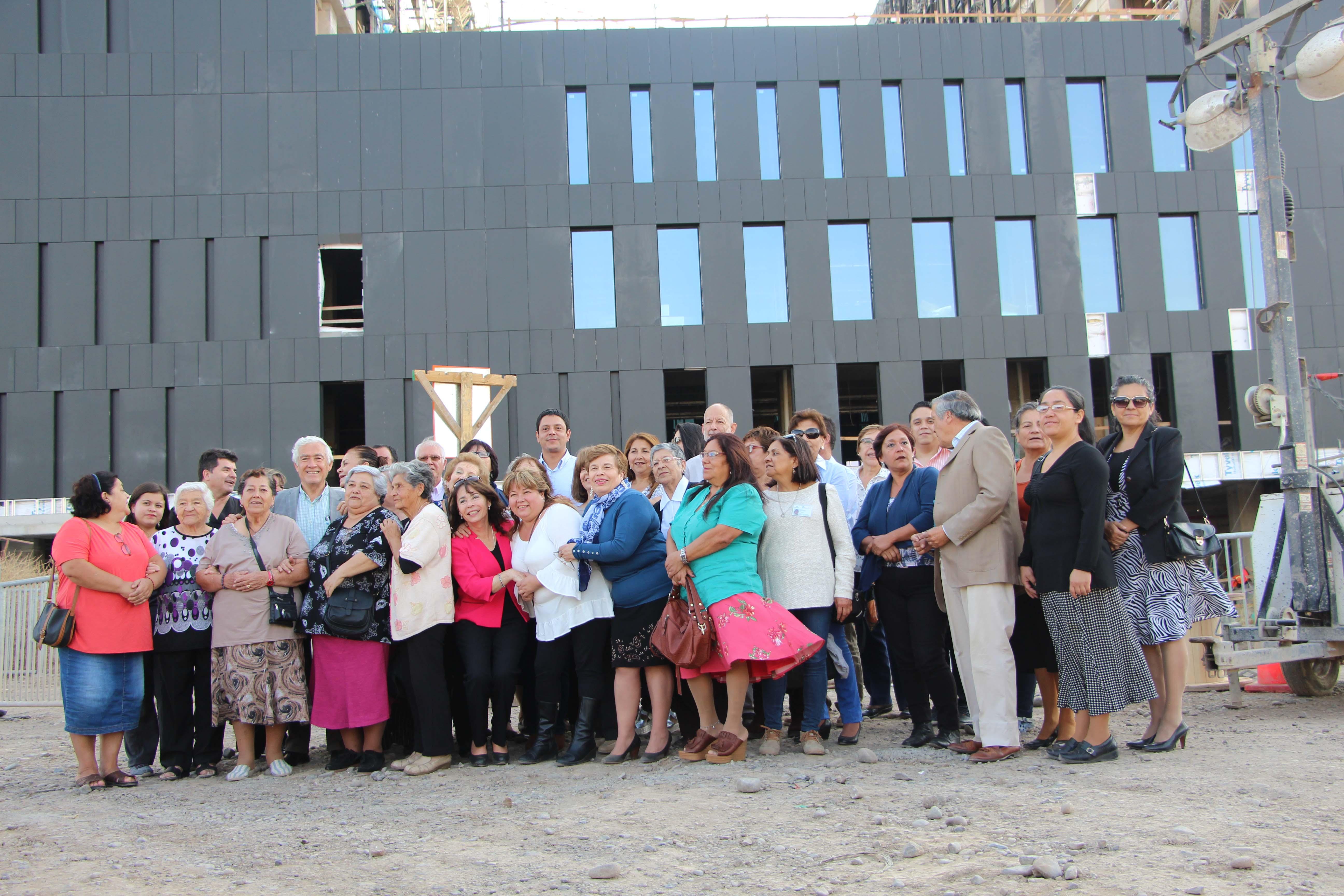Visita a las obras del nuevo hospital Félix Bulnes