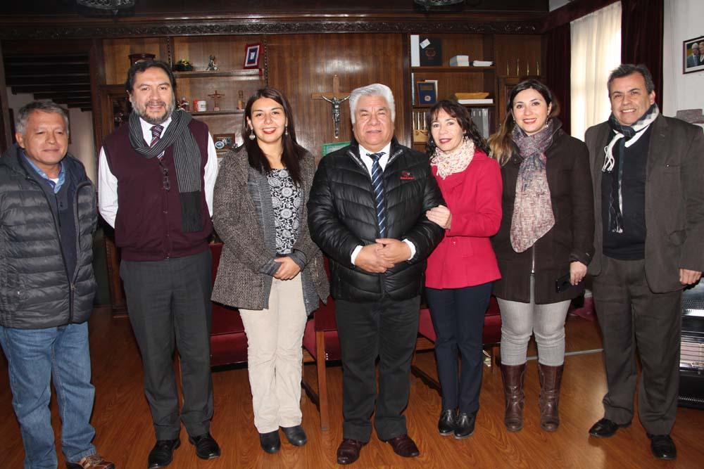 Visita protocolar de Presidente del Consejo Regional Metropolitano