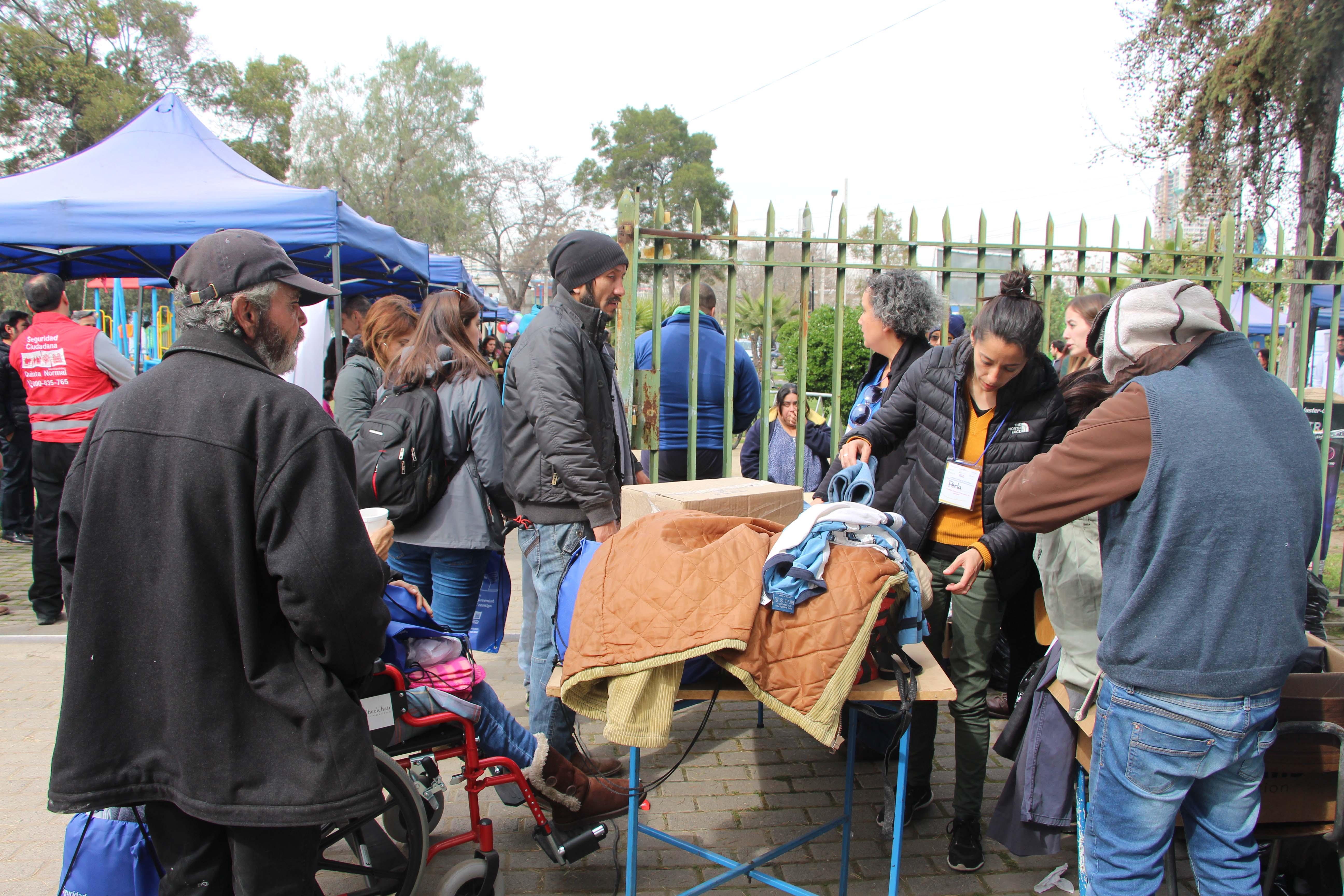 Red de Quinta Normal despliega Feria de Servicios para personas en situación de calle
