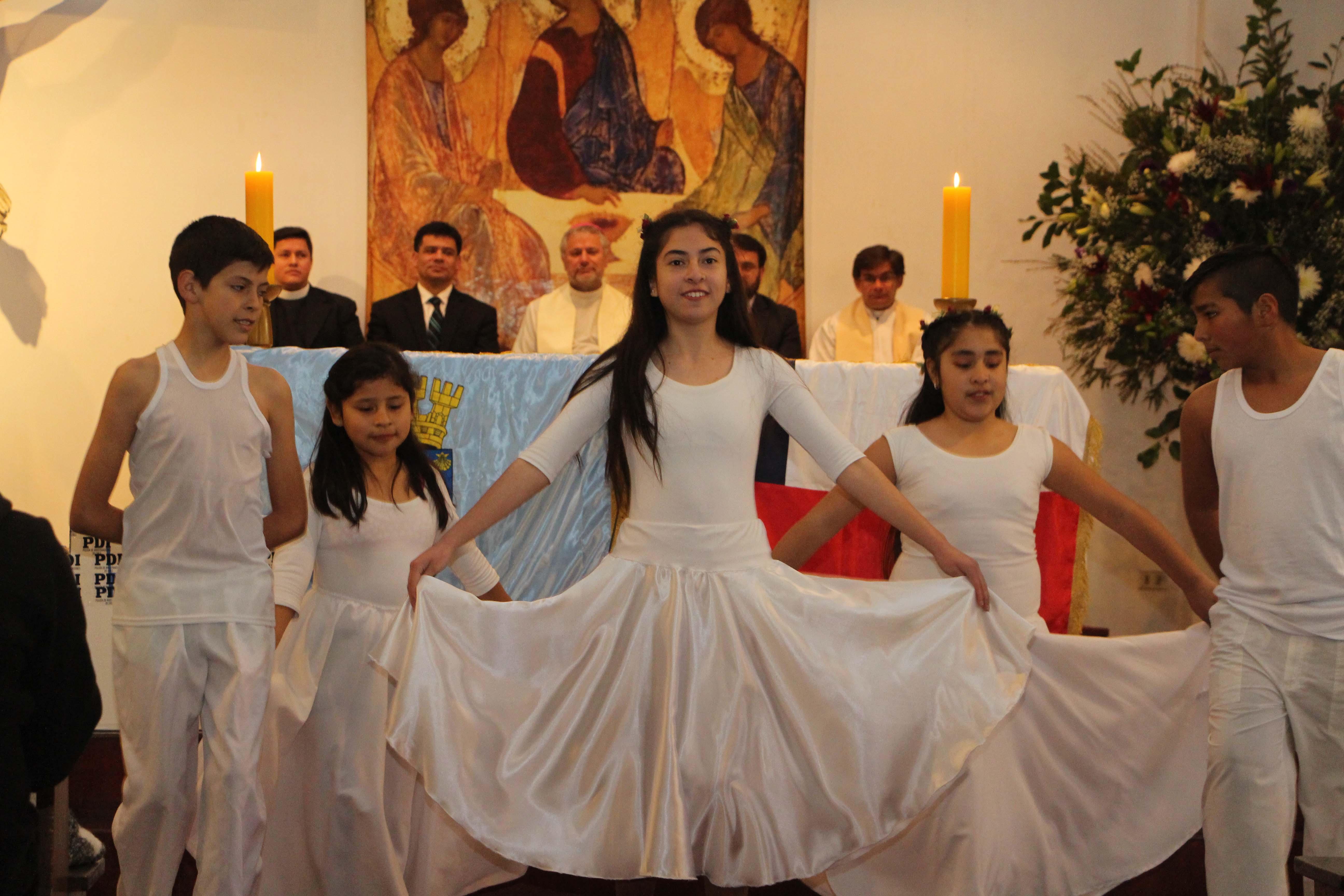 Cientos de Quintanormalinos dan las gracias en Te Deum Ecuménico