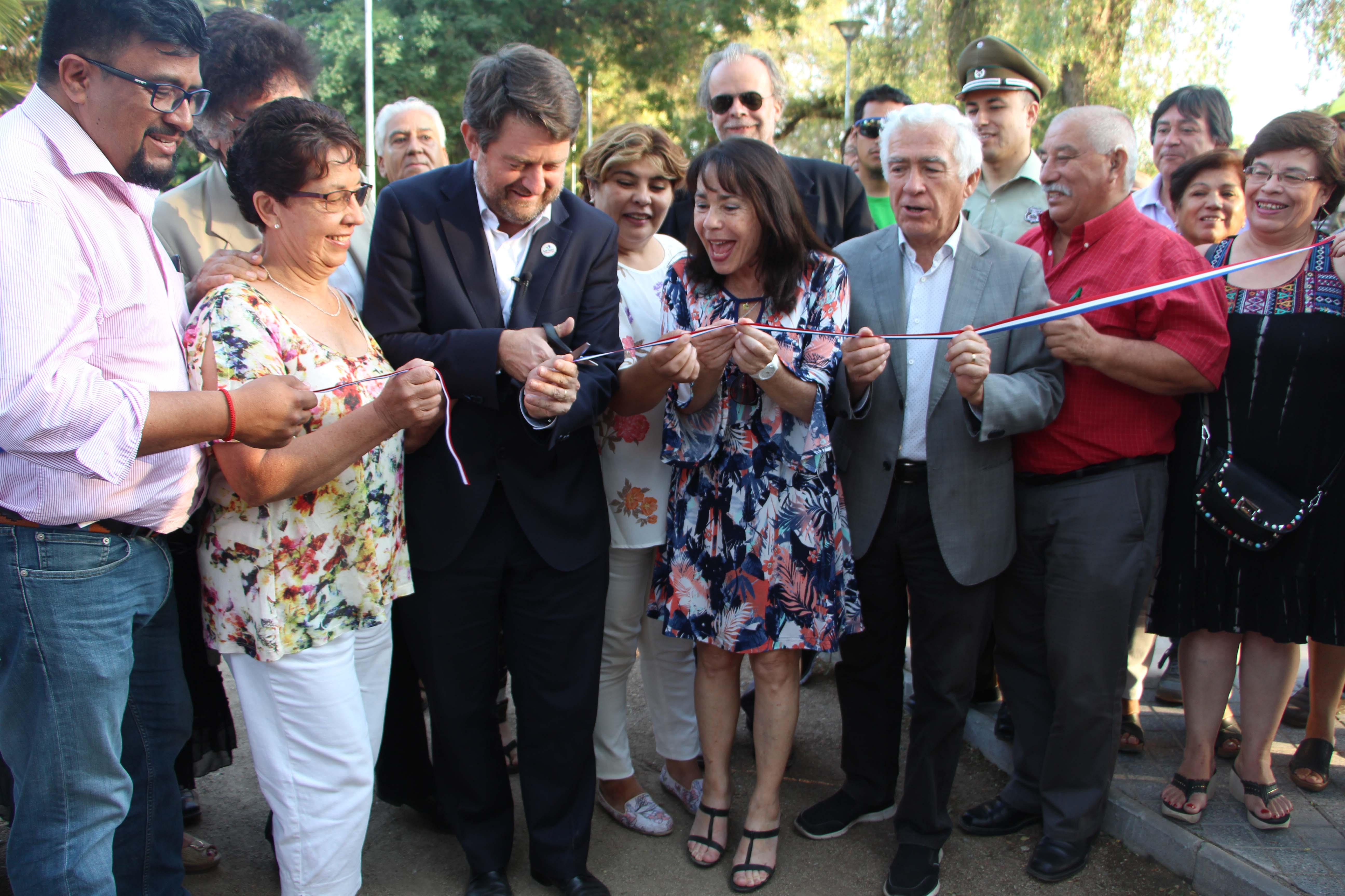 Quinta Normal celebra remodelación de Plaza Lo Besa
