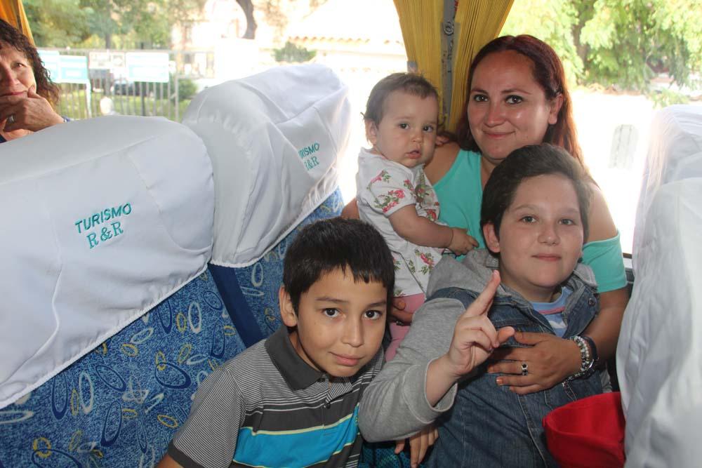 Vecinos viajaron a Olmué gracias al turismo familiar