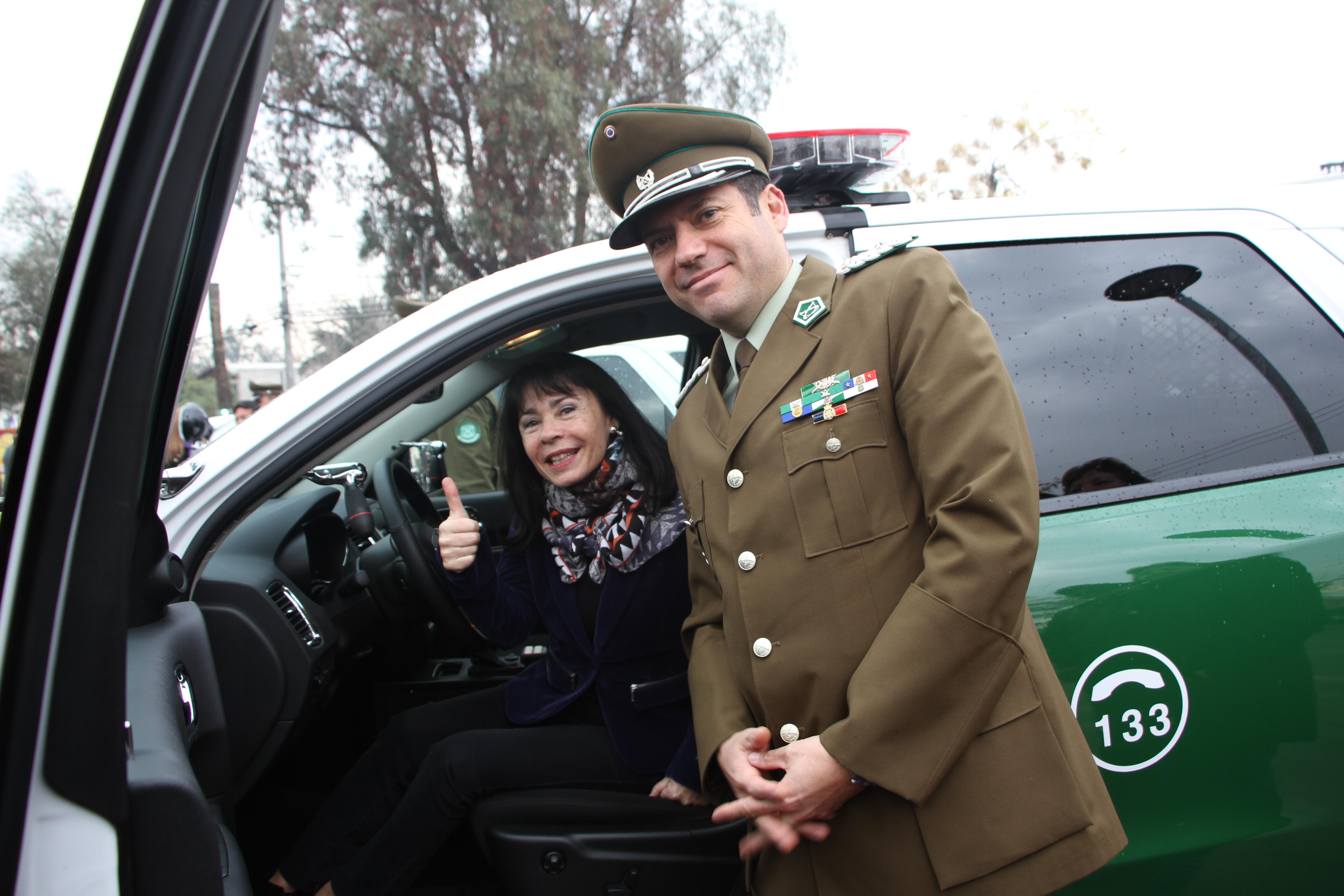 Quinta Normal recibe dos nuevos vehículos para Carabineros