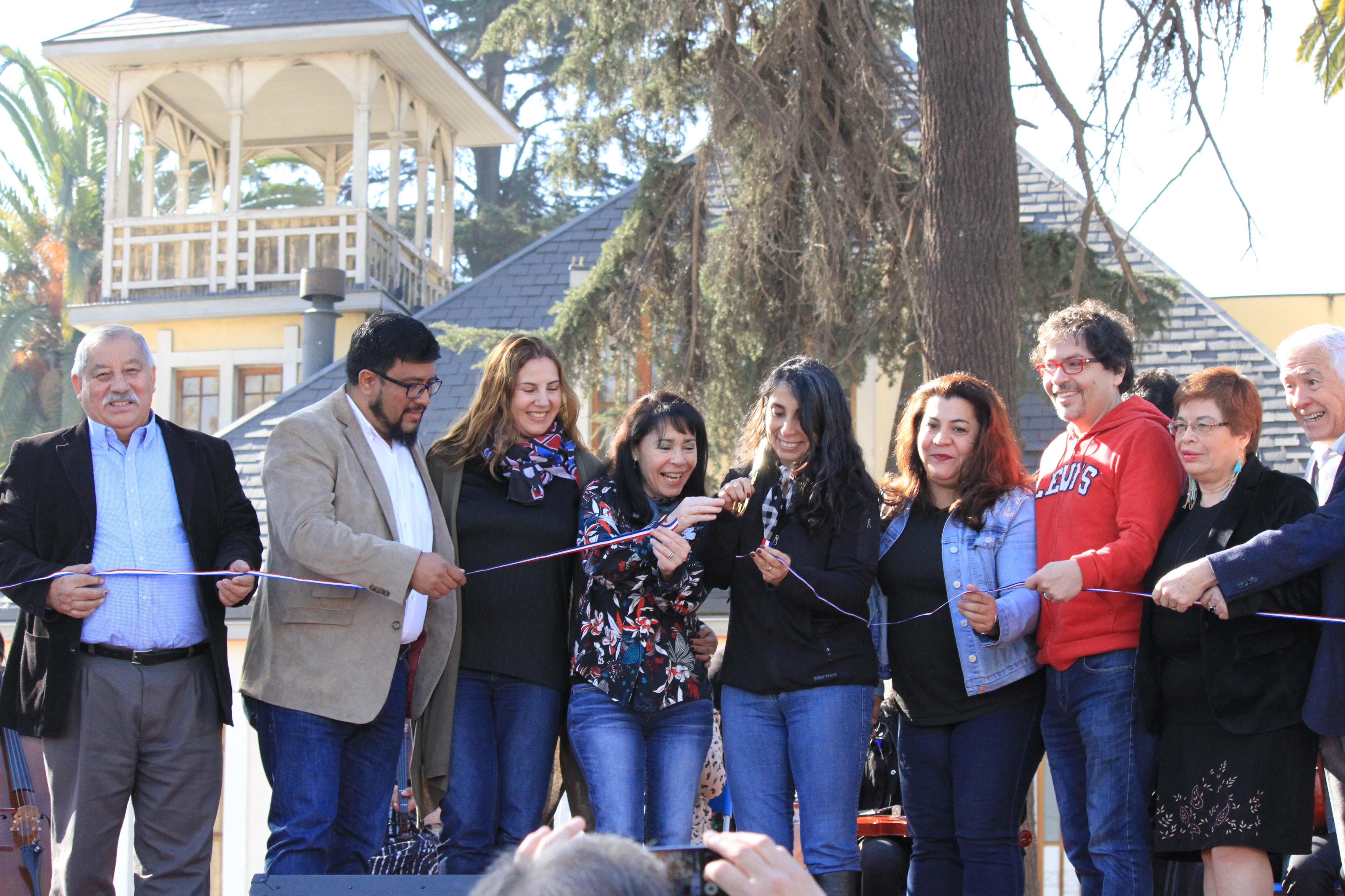 Alcaldesa e Intendenta inauguran Plaza la Cultura