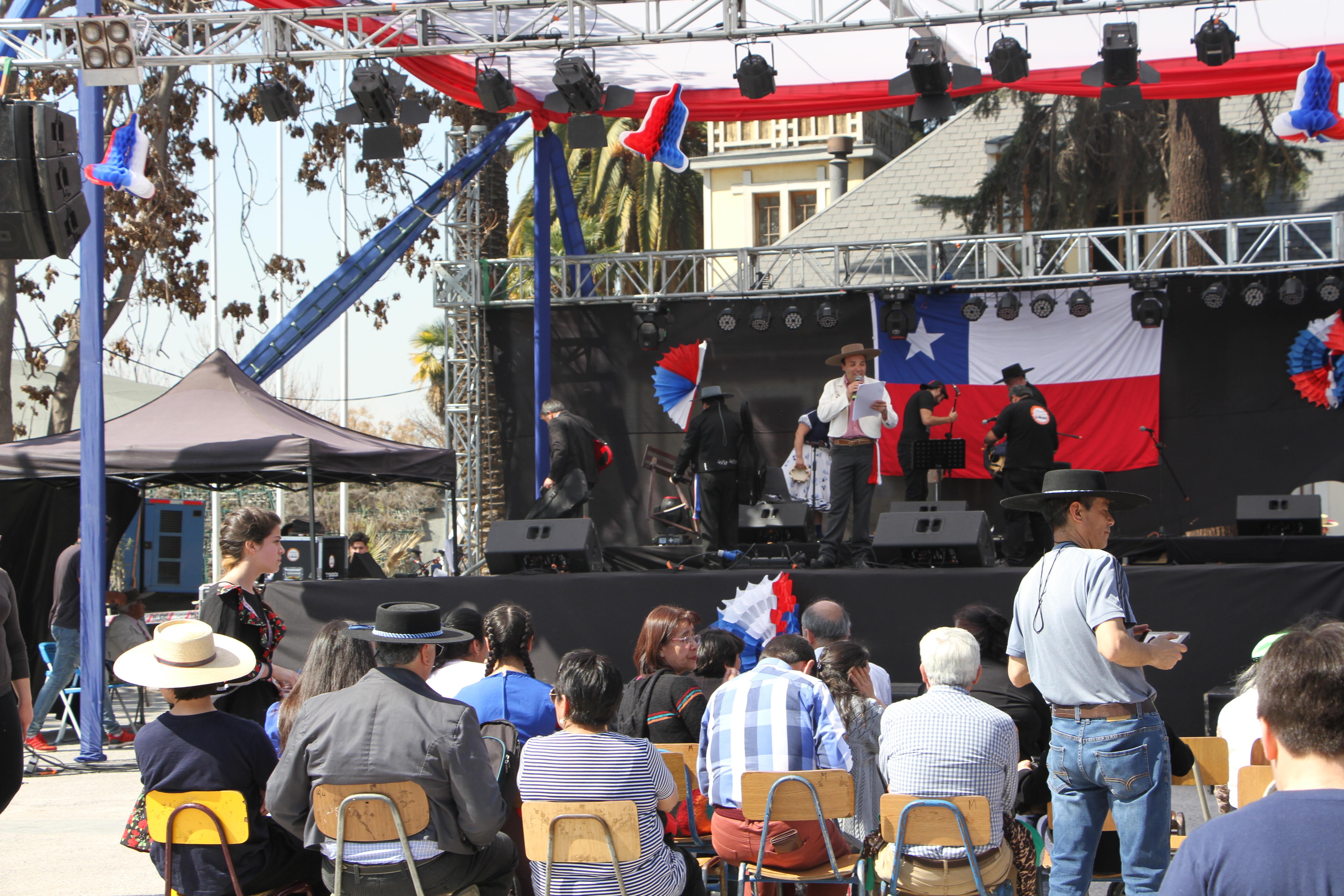 Quinta Normal celebró en grande la previa de Fiestas Patrias