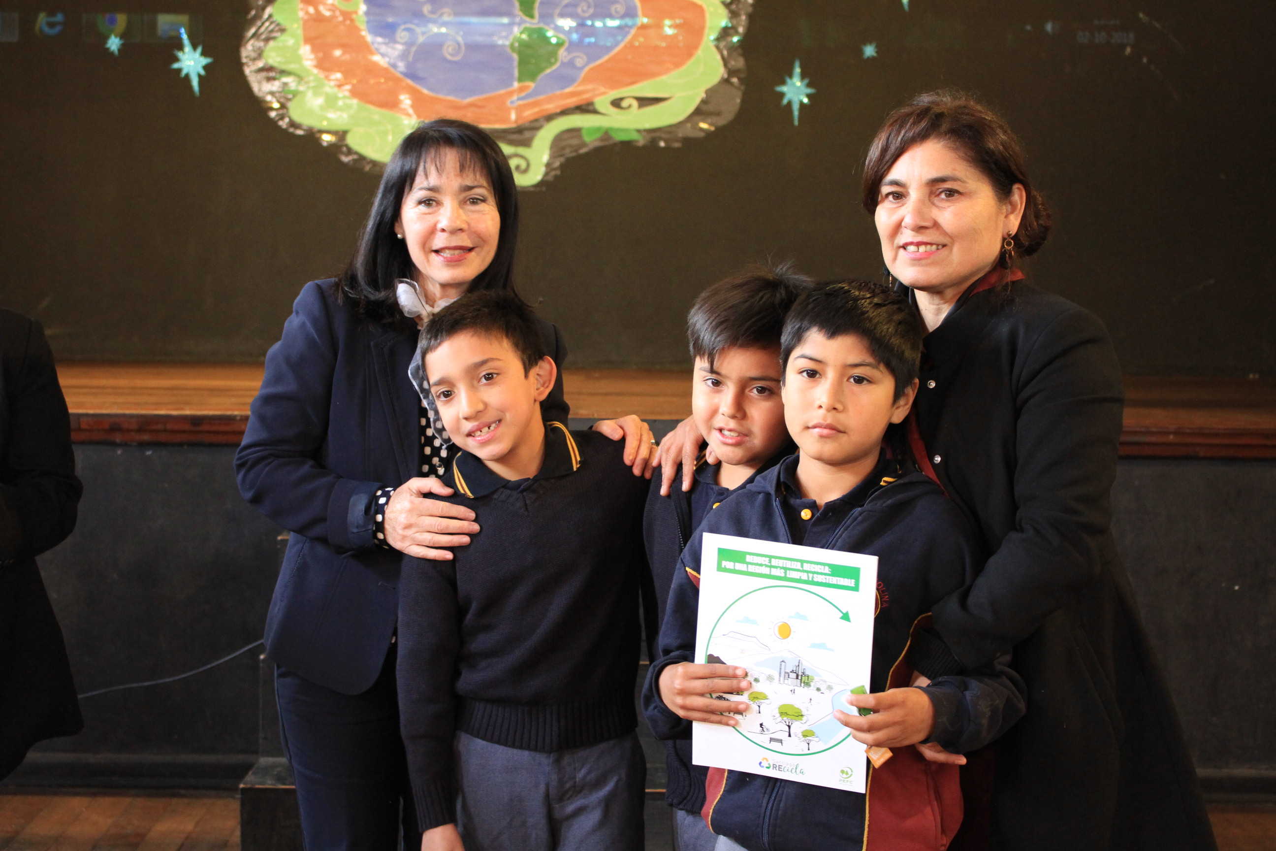 Escuelas y liceos de Quinta Normal conmemoran el Día Nacional del Medioambiente