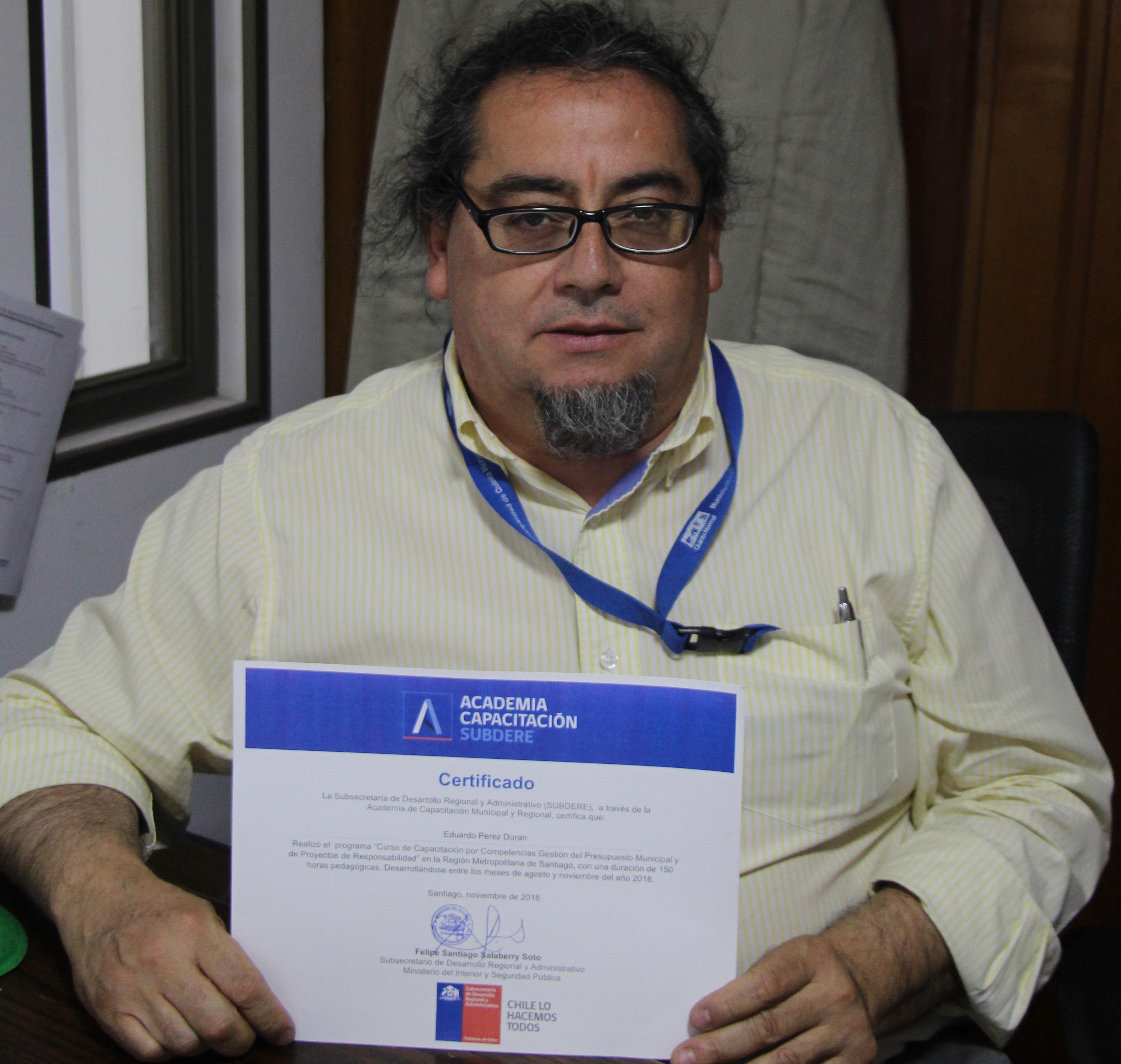 Profesional del municipio destaca en capacitación de la subsecretaría de Desarrollo Regional
