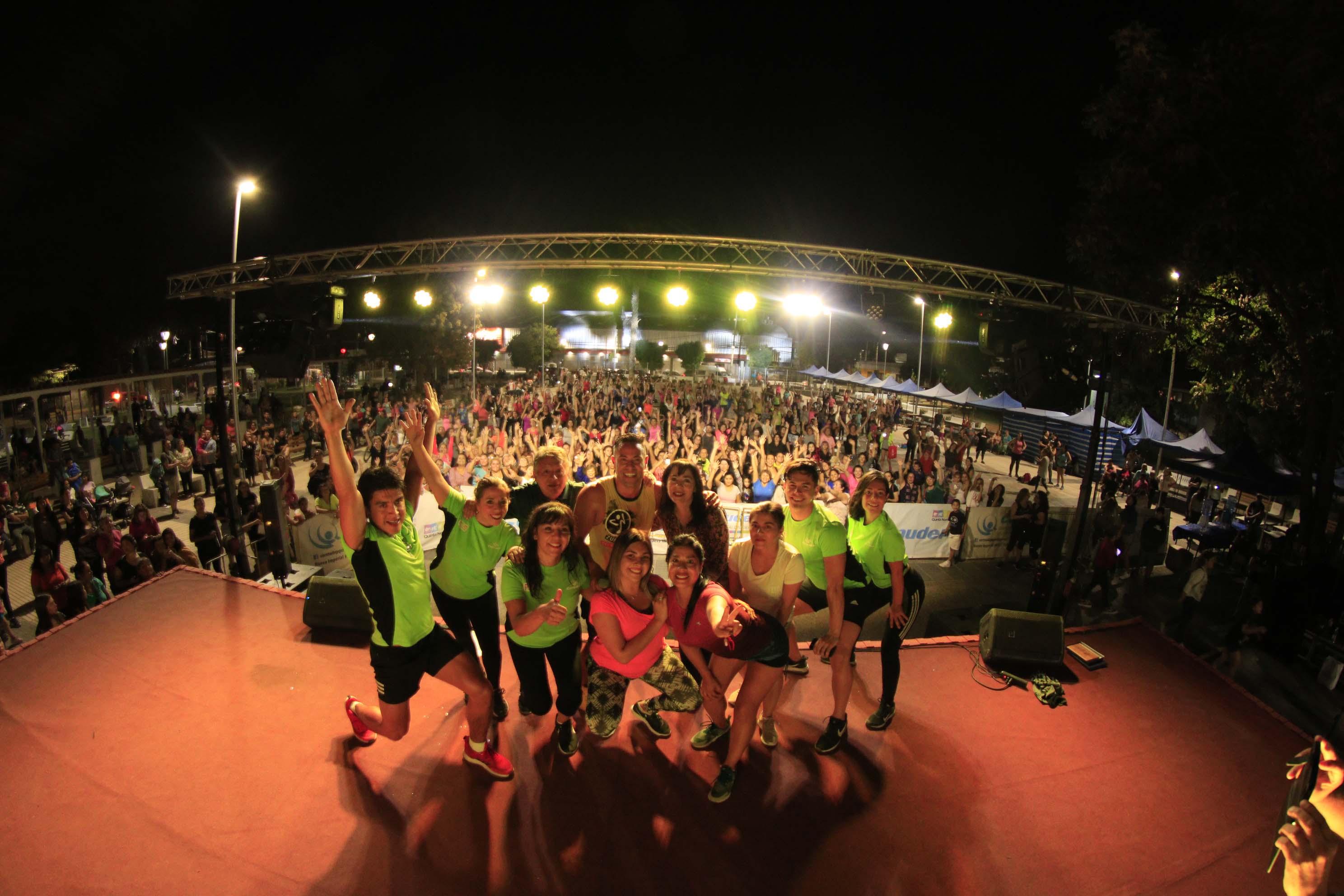Multitudinaria cormuzumba y Rodrigo Díaz, hicieron bailar a Quinta Normal