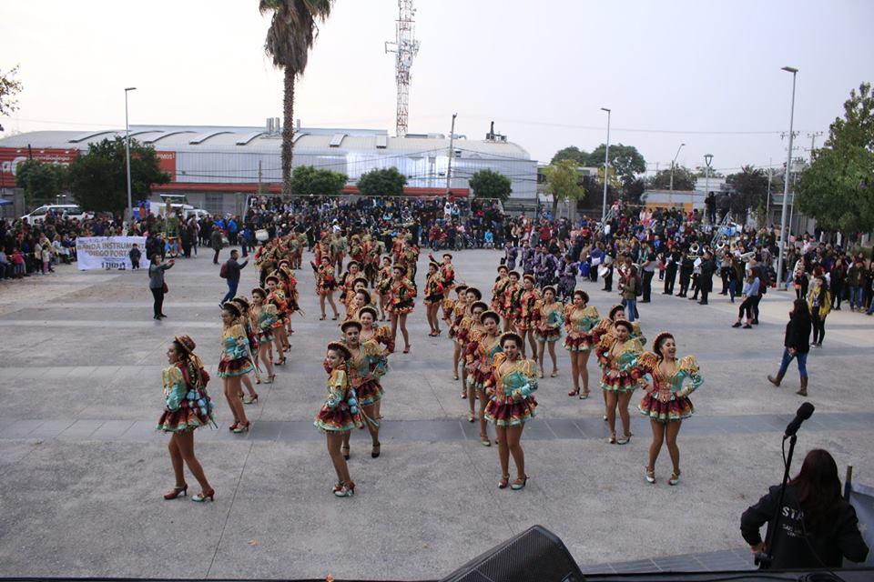 Comunidad de Quinta Normal se lució en IV Carnaval
