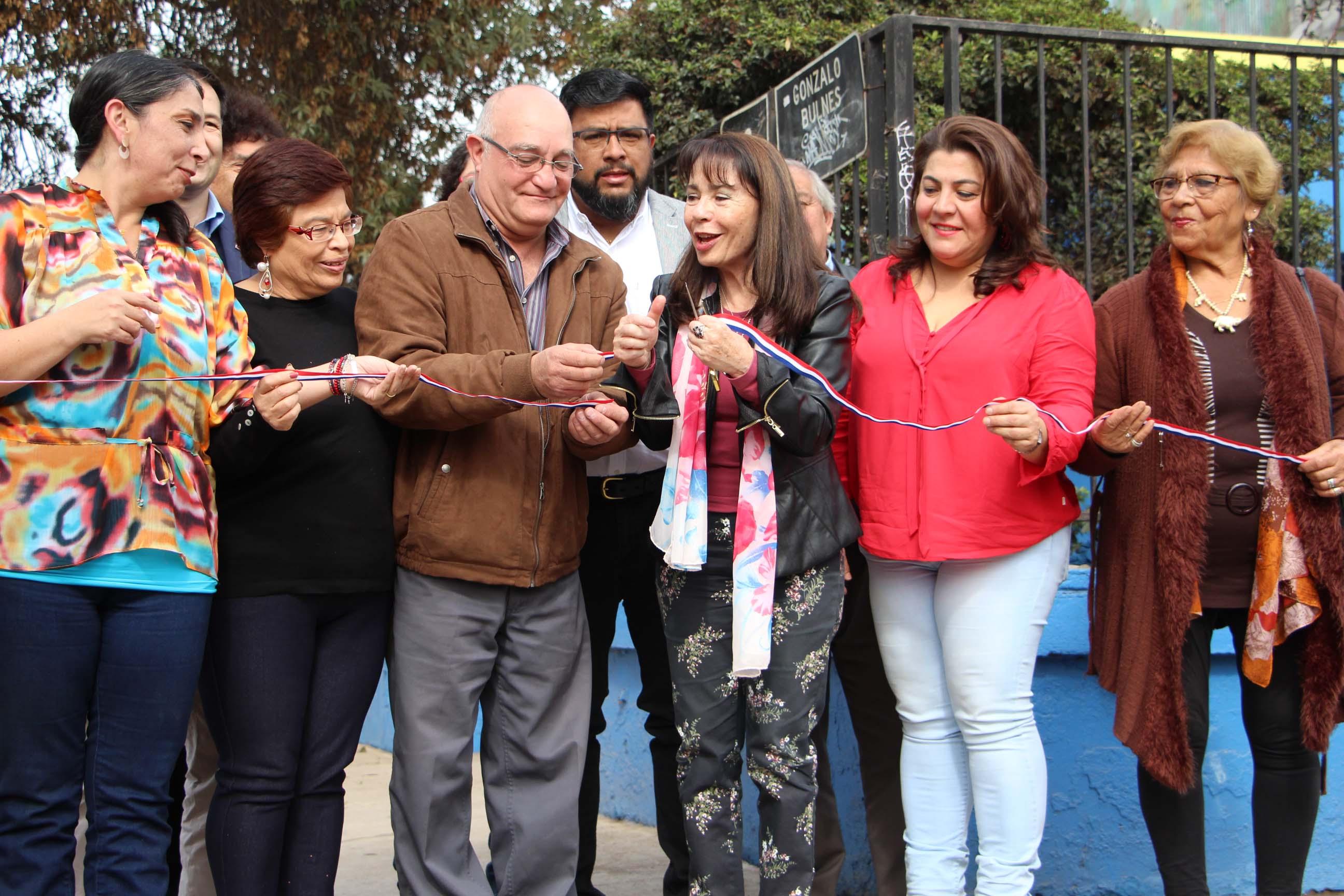 Alcaldesa e Intendenta inauguran nuevas veredas