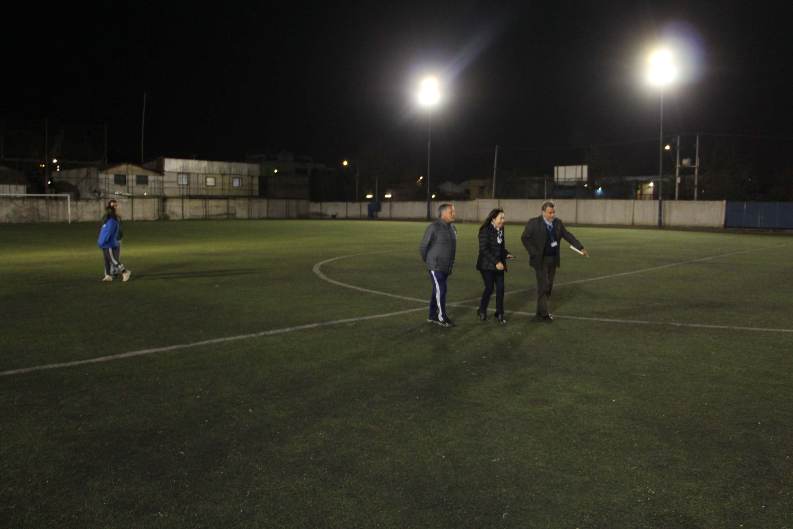 Estadios Climent y Esparta mejoran luminosidad