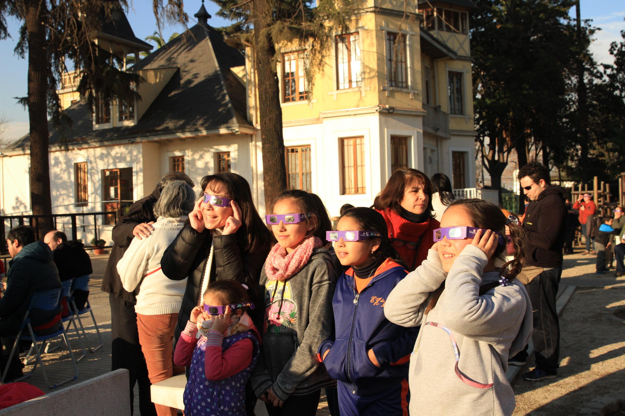 Quintanormalinos disfrutaron del Eclipse Solar