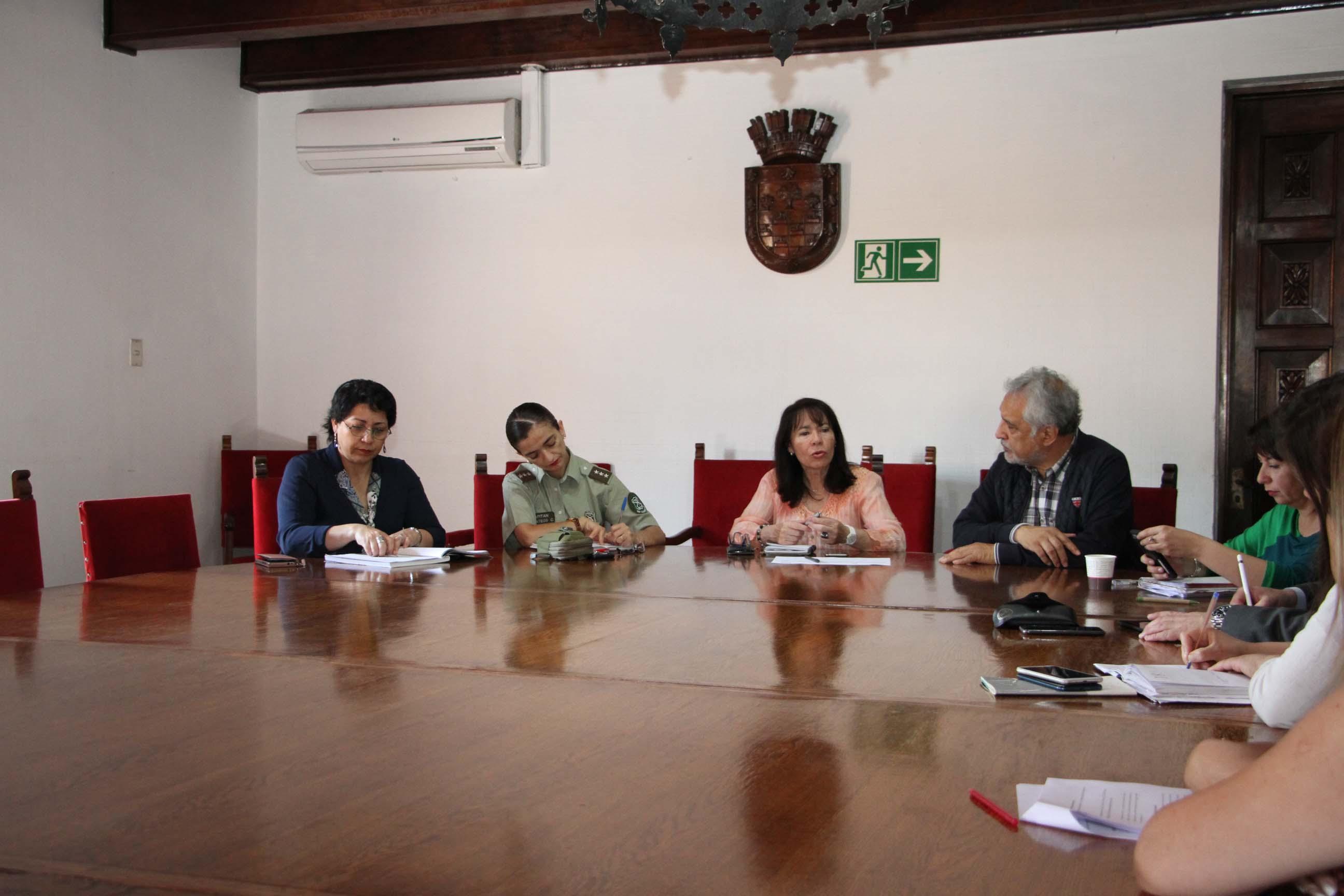 Alcaldesa se reúne con autoridades policiales y fiscalía