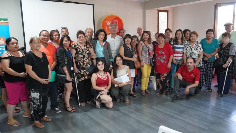 Dirigentes y vecinos conocen avances del proyecto Mapocho Río