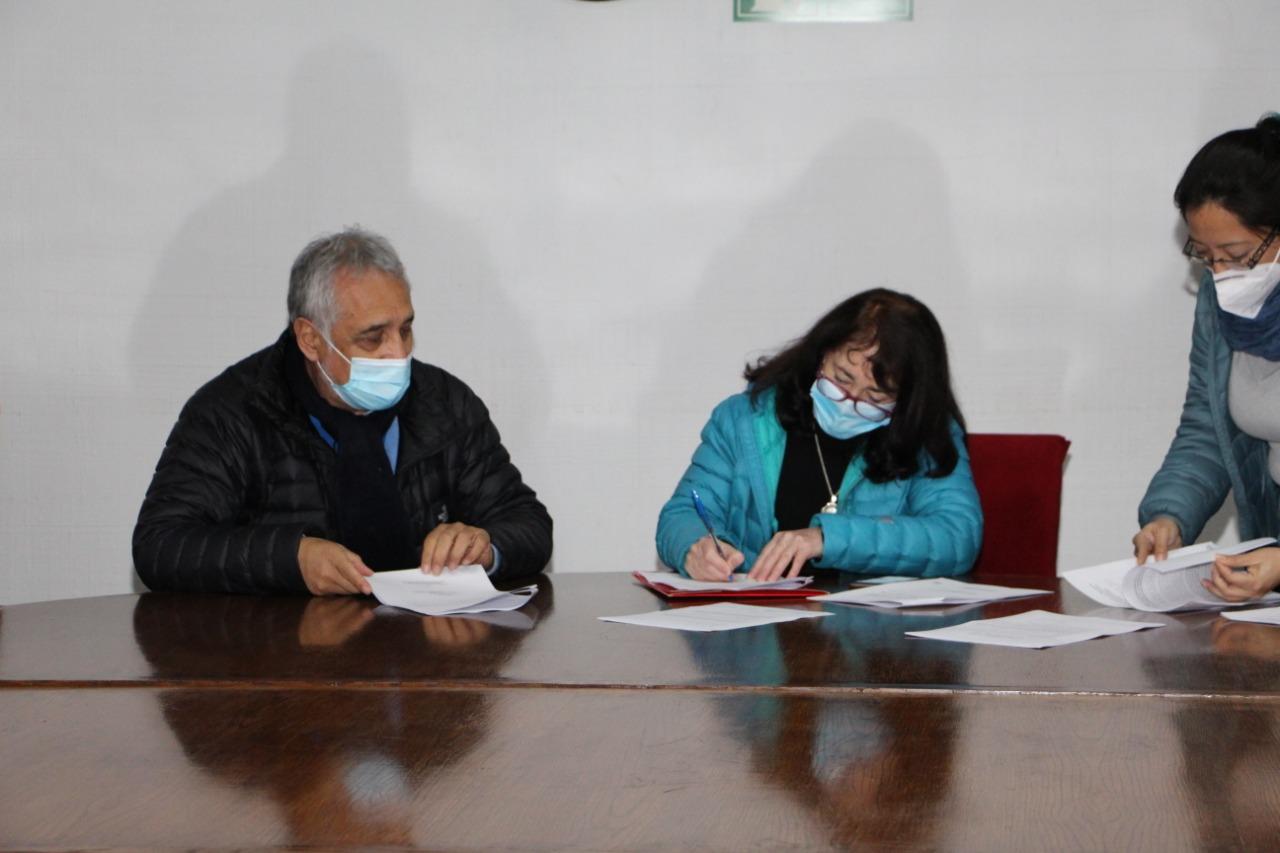Municipio y feriantes suscriben protocolo de buenas prácticas